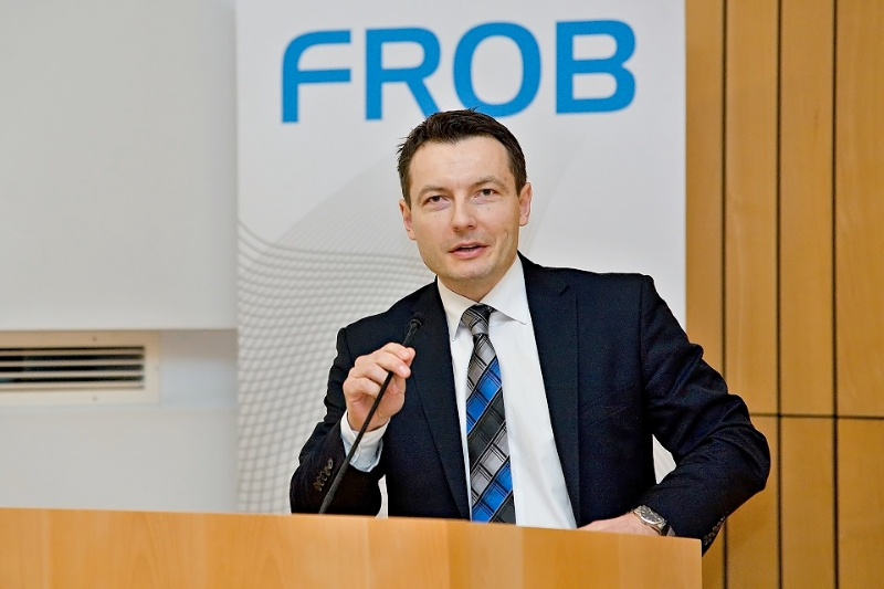 frob2-28